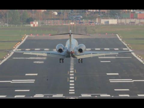 Perfect landing VistaJet Global 5000 at Farnborough Airport