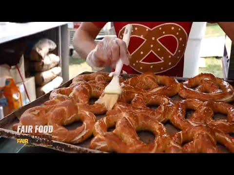 best-selling-fair-food-at-the-dodge-county-fair---beaver-dam,-wisconsin