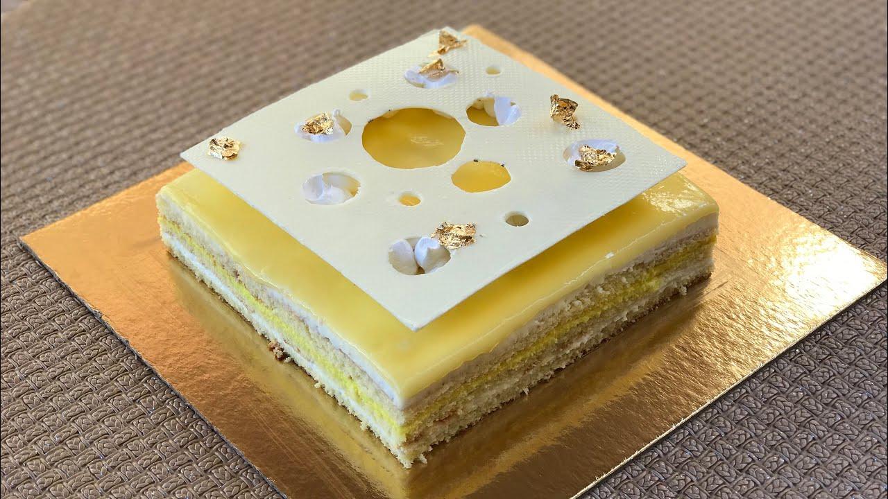 اسهل كيكة عيد ميلاد حضرتها في عيد ميلاد أمي كامل عجبهم جربوه ماتندموش للمبتدئات Youtube In 2020 Sweets Cake Desserts