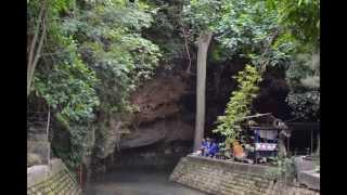 Gua Ngerong Yang Unik Dan Keramat Di Tuban