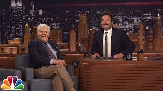 failzoom.com - Jimmy Honors 92-Year-Old Audience Member Who Was a Guest on Johnny Carson's Tonight Show