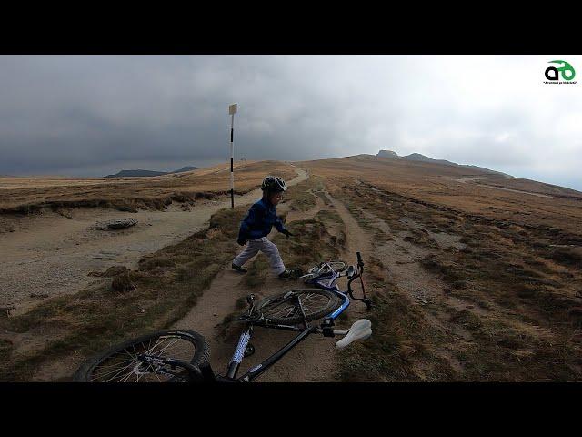 Aventuri pe bicicleta : Spre Omu
