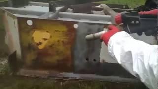Piaskowanie - czyszczenie maszyny rolniczej