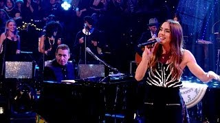 Melanie joins Jools Holland and his Rhythm & Blues Orchestra to per...
