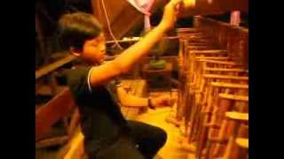 Adele someone like you.   angklung cover by Azizi JIJI