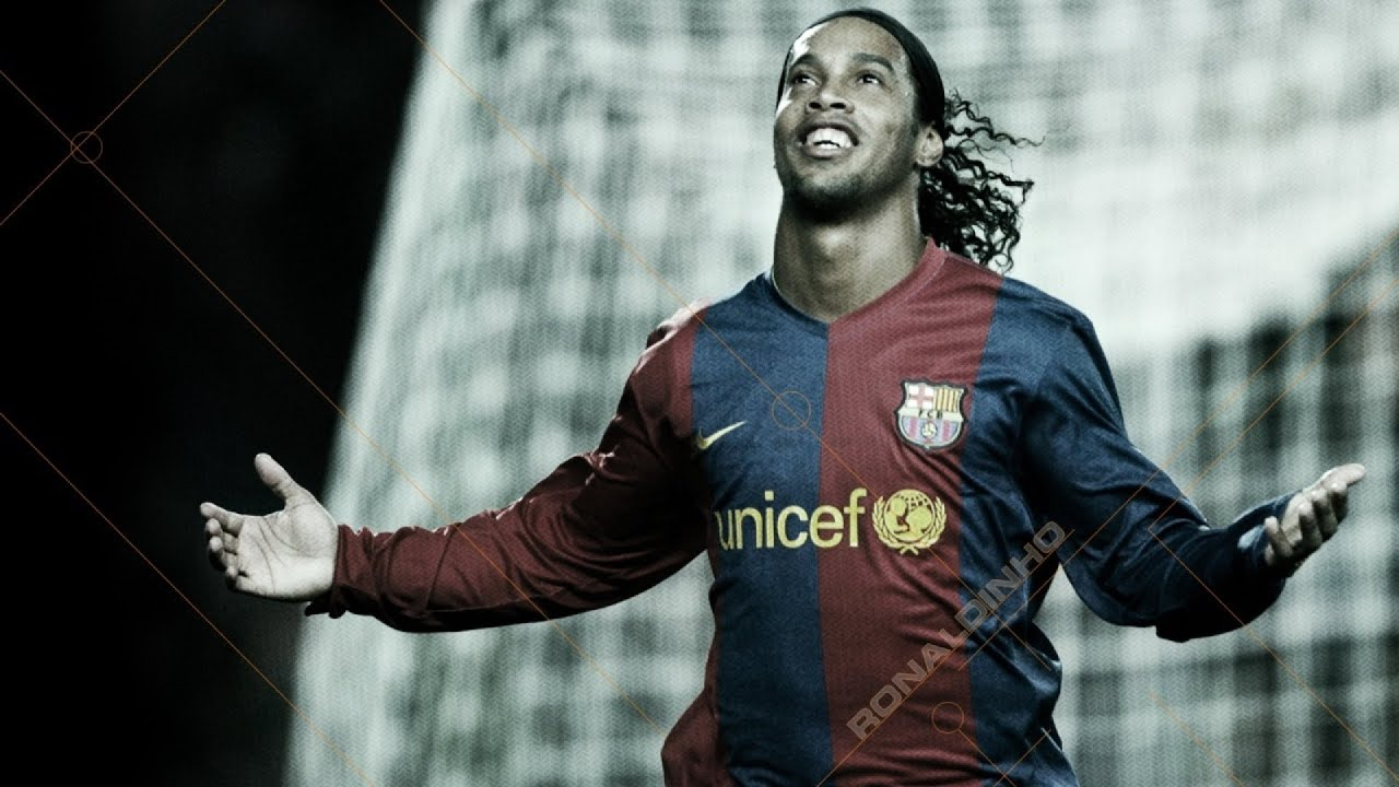 Ronaldinho - Legend of Football (Soccer) best goals, skills & dribbling vk.com/ea_fifa14 mix ...