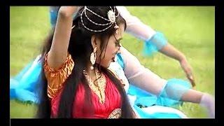 Vula Akash Jeno Poreche Nil Shari ভুলা আকাশ যেন পরেছে নীল শাড়ী (Bangla New Music Video) 2016