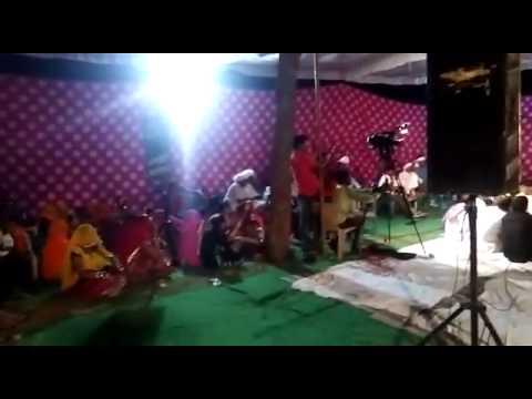 रामजीलाल बाढ व छोटेलाल बस्सी दगल मे गीत गाते हुए जबरदस्त}