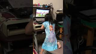 Elic lao hsu & Athena lao hsu playing roblox games - part 4