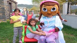 Doc McStuffins Öykü'ye Yardım Ediyor! Pretend Playtime Doc McStuffins - Fun Kids Video