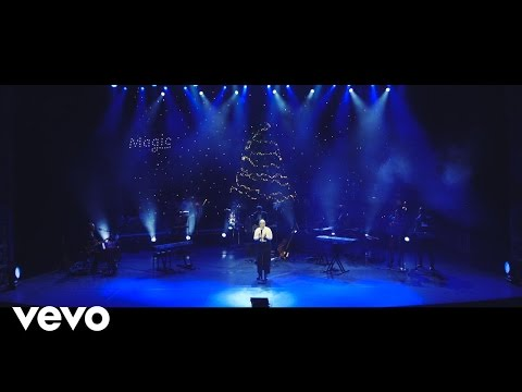 Emeli Sandé - Hurts  At Magic Radio's The Magic Of Christmas