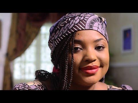 Download Aisha Aliyu Tsamiya Tayi Abun Dariya Sosai A wannan Sabon Videon, Kalli kaci dariya