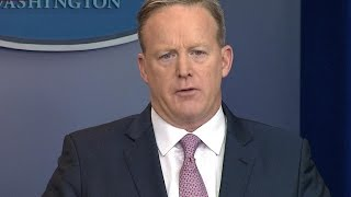 Press Secretary Sean Spicer gives first White House briefing