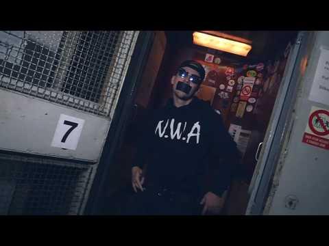 Maniak - Poslední hřebík (AK 47 Video)