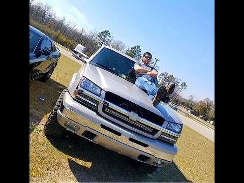 Color Matched Silverado With New Body Tow Mirrors Youtube