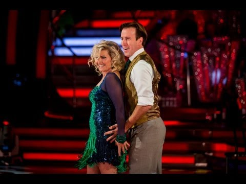 Fiona Fullerton & Anton Cha Cha to 'Beggin'  Strictly Come Dancing 2013: Week 2  BBC One