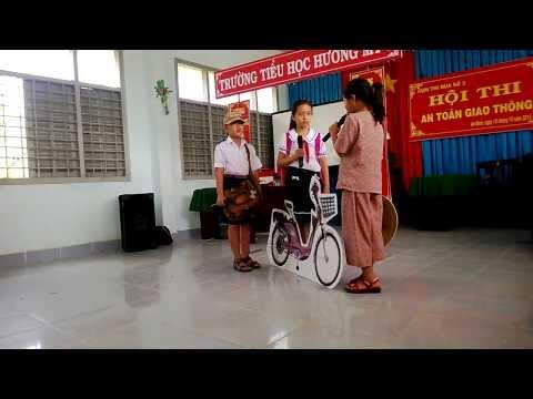 Cuoc thi ATGT (Truong Tieu hoc HUONG MY 1) - Part 1