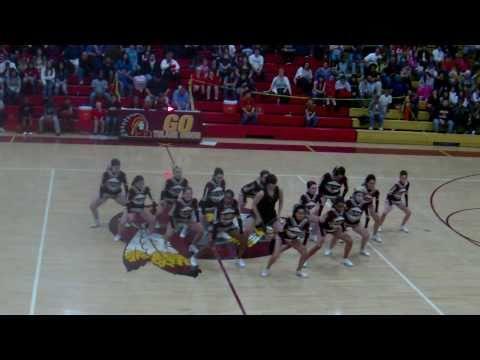 tulare union cheerleaders =)