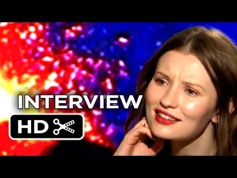Pompeii Junket Interview - Emily Browning (2014) - Historical Adventure Movie HD
