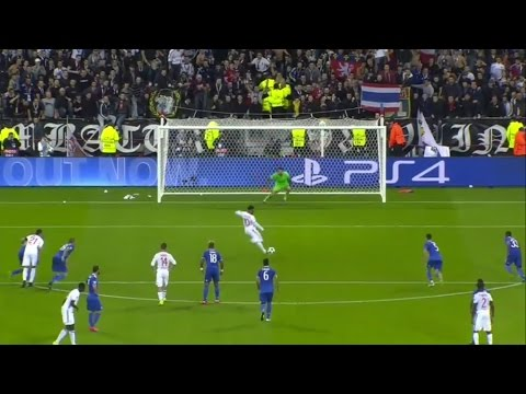 Gianluigi Buffon vs Olympique Lyon (Away) 16-17 HD (18/10/2016)