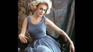 Sandra Dee - America's Sweetheart