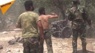 شاهد كيف صواريخ الجيش السوري أجبرت المسلحين على الفرار من ريف اللاذقية (فيديو)
