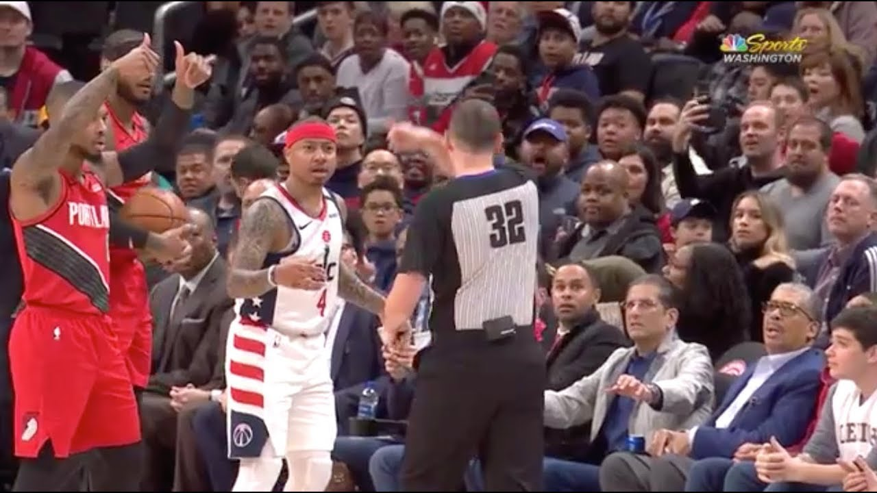 Wizards' Isaiah Thomas ejected for making contact with referee