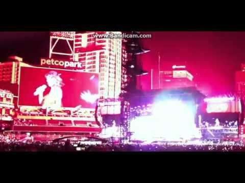 1989 Tour Taylor Swift Petco Park Shake It Off