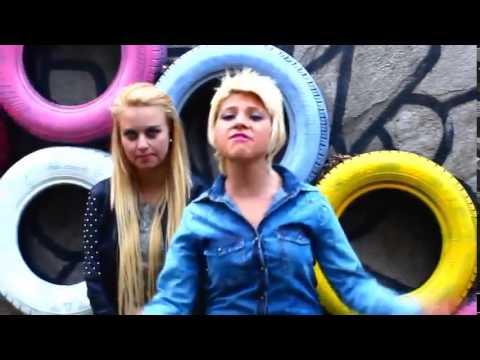 Lora Sen Beş Kuruş Etmesin Video Klip