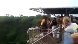 Tai nạn khi chơi trò mạo hiểm.