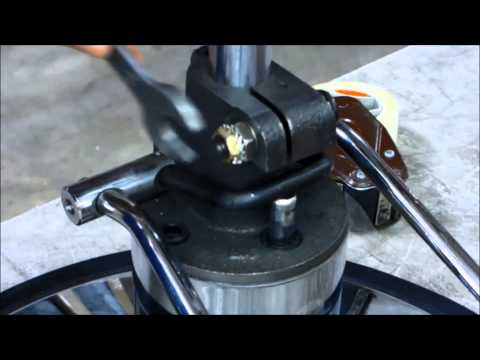 How to adjust your hydraulic pump when your pump fails to lock