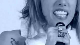 "Video Clip ""BACON EGGS"" - Nana Rizinni"
