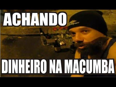 BLUEZAO PEGANDO DINHEIRO DA MACUMBA