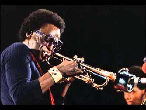 Miles Davis Quintet, live recording: my funny valentine / so what live