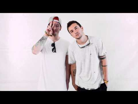 Kitchen Sink by Twenty One Pilots (audio)...