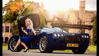 машины и девушки под музыку