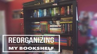 WATCH ME REORGANIZE MY BOOKSHELF♡