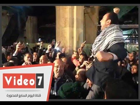 المتظاهرين عقب صلاة الجمعة بالأزهر: -القدس عربية.. مش عاصمة إسرائيلية-  - 13:22-2017 / 12 / 8