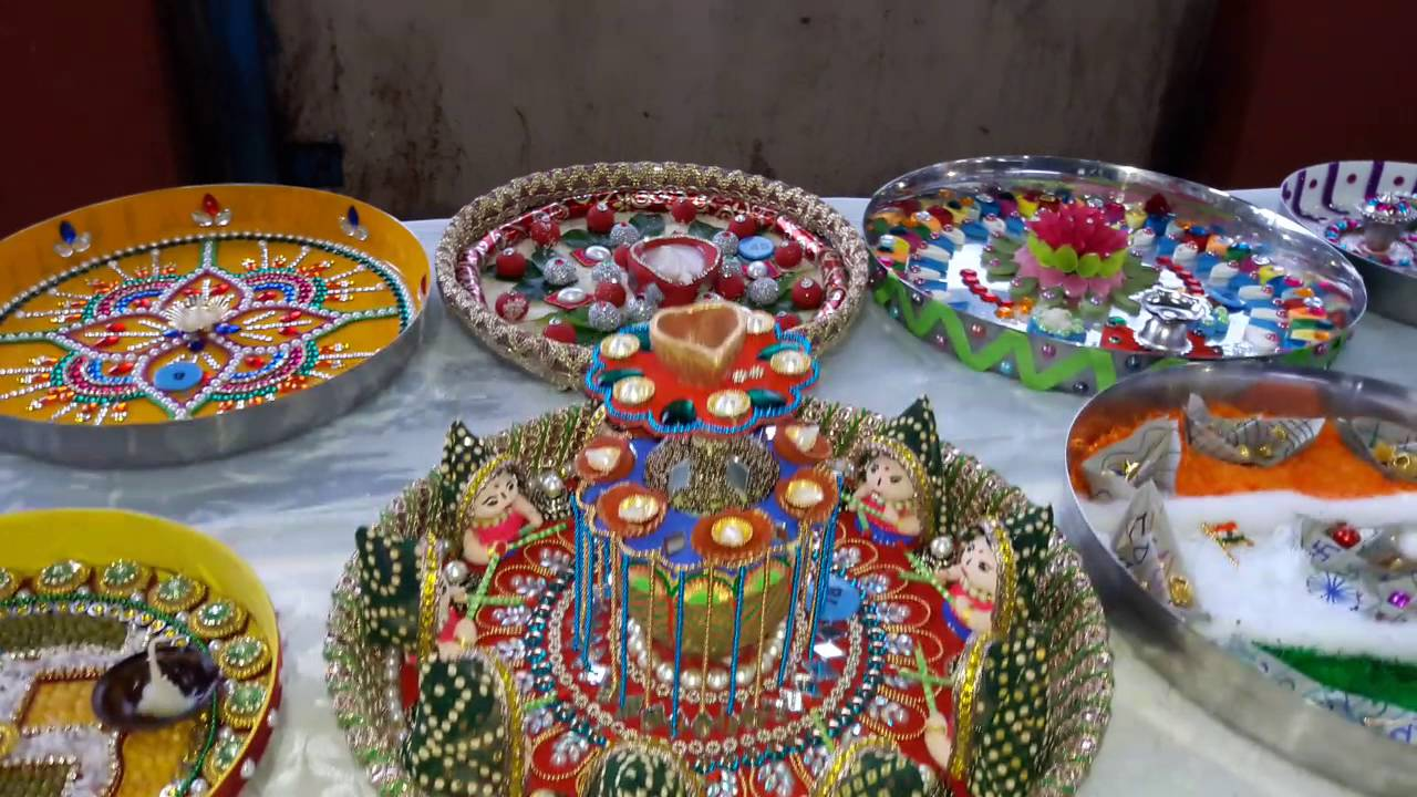 Amazing aarti decoration by mochi samaj youtube for Aarti decoration pictures