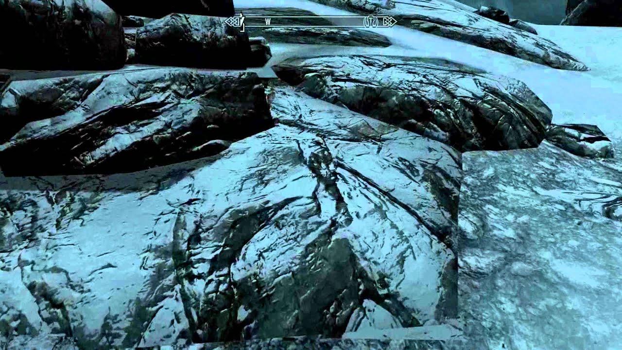 TES Skyrim snow textures bug?