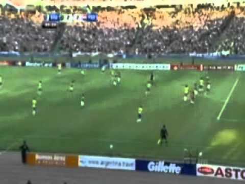 Fred goal | Brazil 2-2 Paraguay | 9/7/2011
