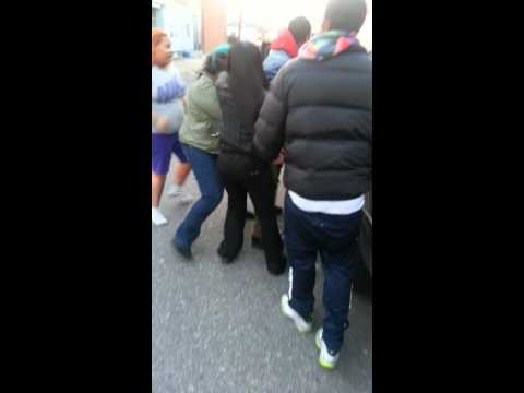 Frankford Pratt st girl fight