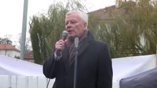 17.listopad 2016 - Klárov - 04 - Josef Skála
