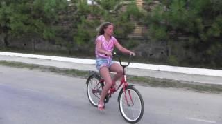 видео Отдых в Орловке, Крым! Расположение, пляжи, инфраструктура.
