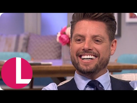 Keith Duffy and Brian McFadden Get Flirty! | Lorraine
