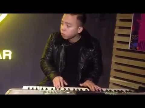Không Tin Một Sớm Mai Bình Yên (Piano) - Touliver