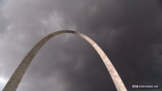 Sights & sounds of storms in St. Louis during Gateway Arch museum opening - July 3, 2018