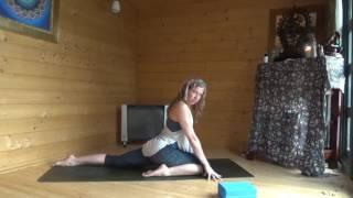 Full Body Space Yoga Flow with Kelly Heath