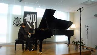 Eliot plays Rachmaninoff Prelude Op. 32 No 12 in G sharp minor