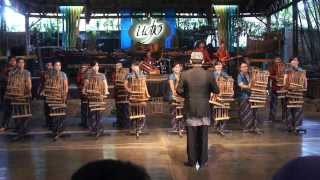 Video Saung Angklung Udjo Angklung Orchestra - Can't Take My Eyes Off of You download MP3, 3GP, MP4, WEBM, AVI, FLV September 2018